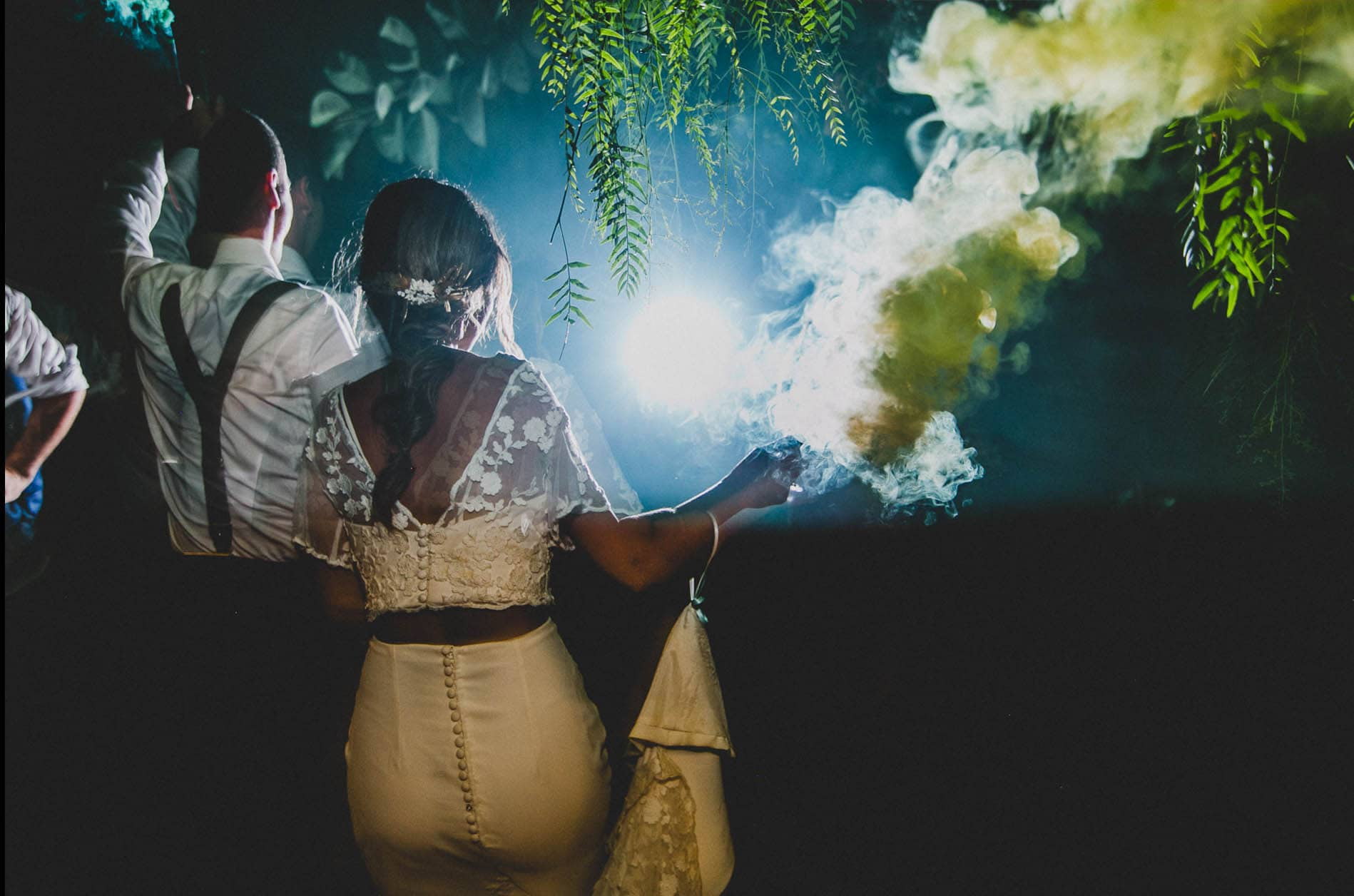 bride and groom smoke bomb